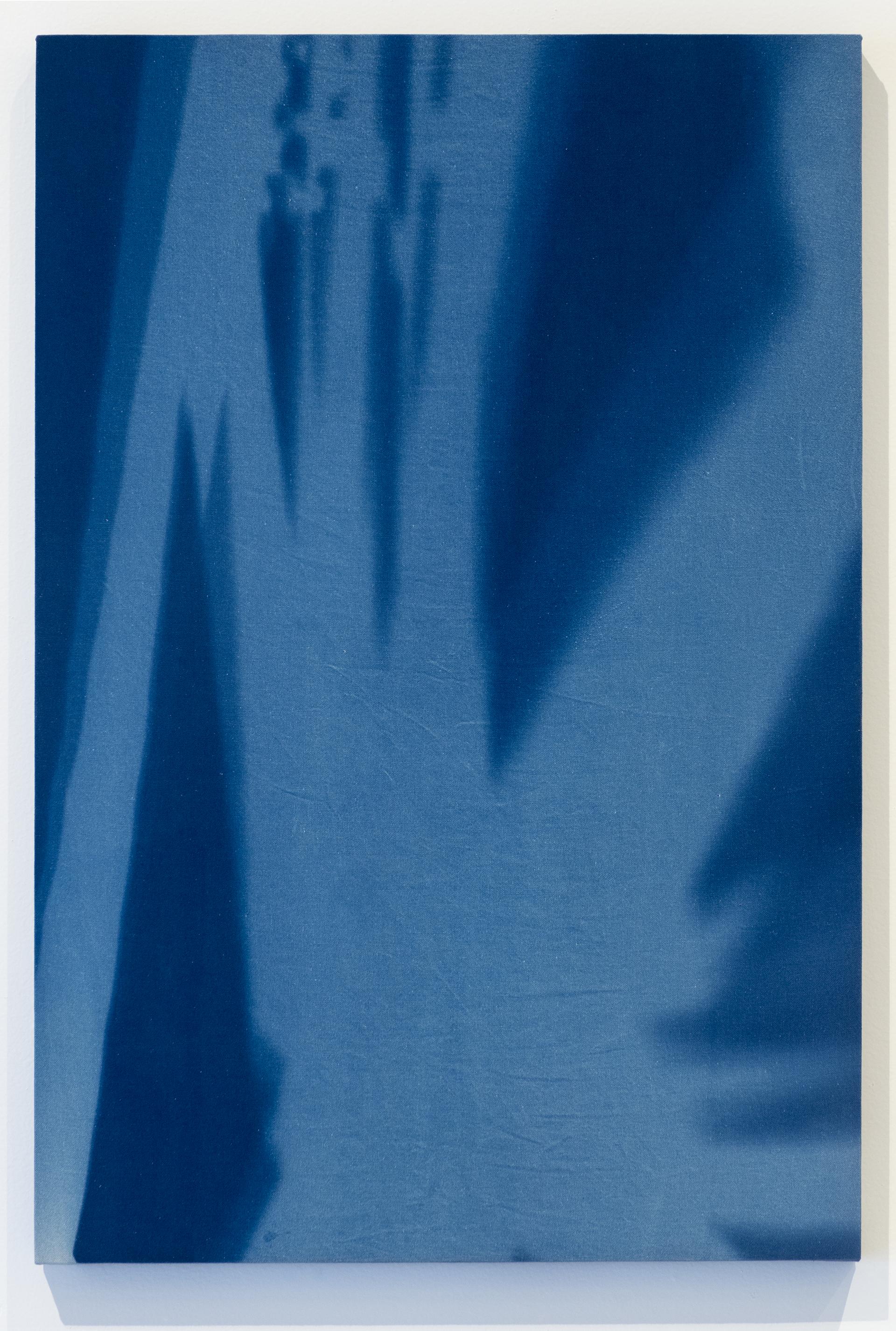 """""""26 de Agosto 2015, 14:10 h. Torre Sur Museo del Chopo, tiempo de exposición13 min"""" Cianotipia sobre tela montado sobre bastidor  90x60 cm (35 x 23"""")"""
